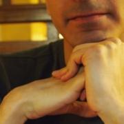 que fait l'ostéopathe quand il fait craquer une articulation?