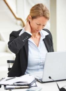 comment soulager le torticolis et le mal au cou? ces douleurs cervicales: cervicalgies, sont facilement et rapidement traitées par un ostéopathe qualifié. Même si vous avez les cervicales bloquées, et les muscles du cou tendus, un bon ostéopathe saura relâcher les tensions